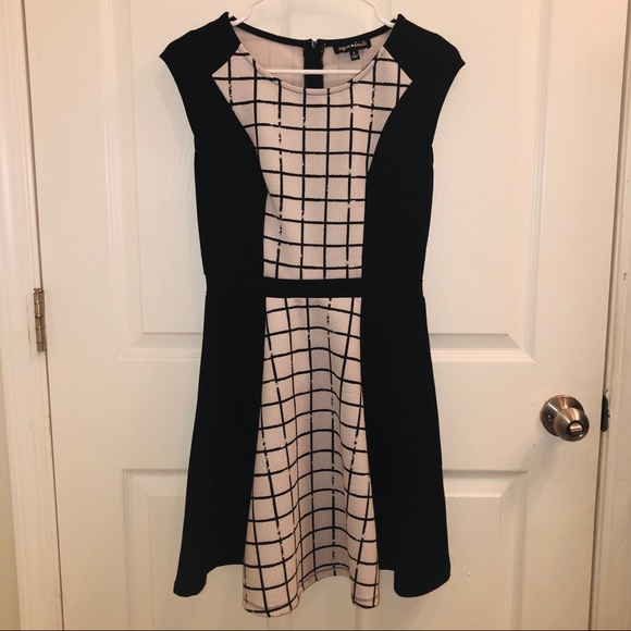 Sequin Hearts Dresses & Skirts - Sequin Hearts Black/White Grid Print Skater Dress